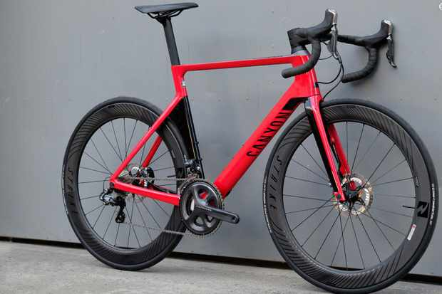 Canyon's Aeroad is still available with or without disc brakes