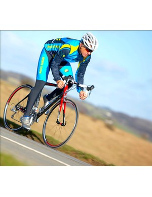 Raleigh may seem like an unlikely name for a race bike but the Airlite Carbon Race has what it takes