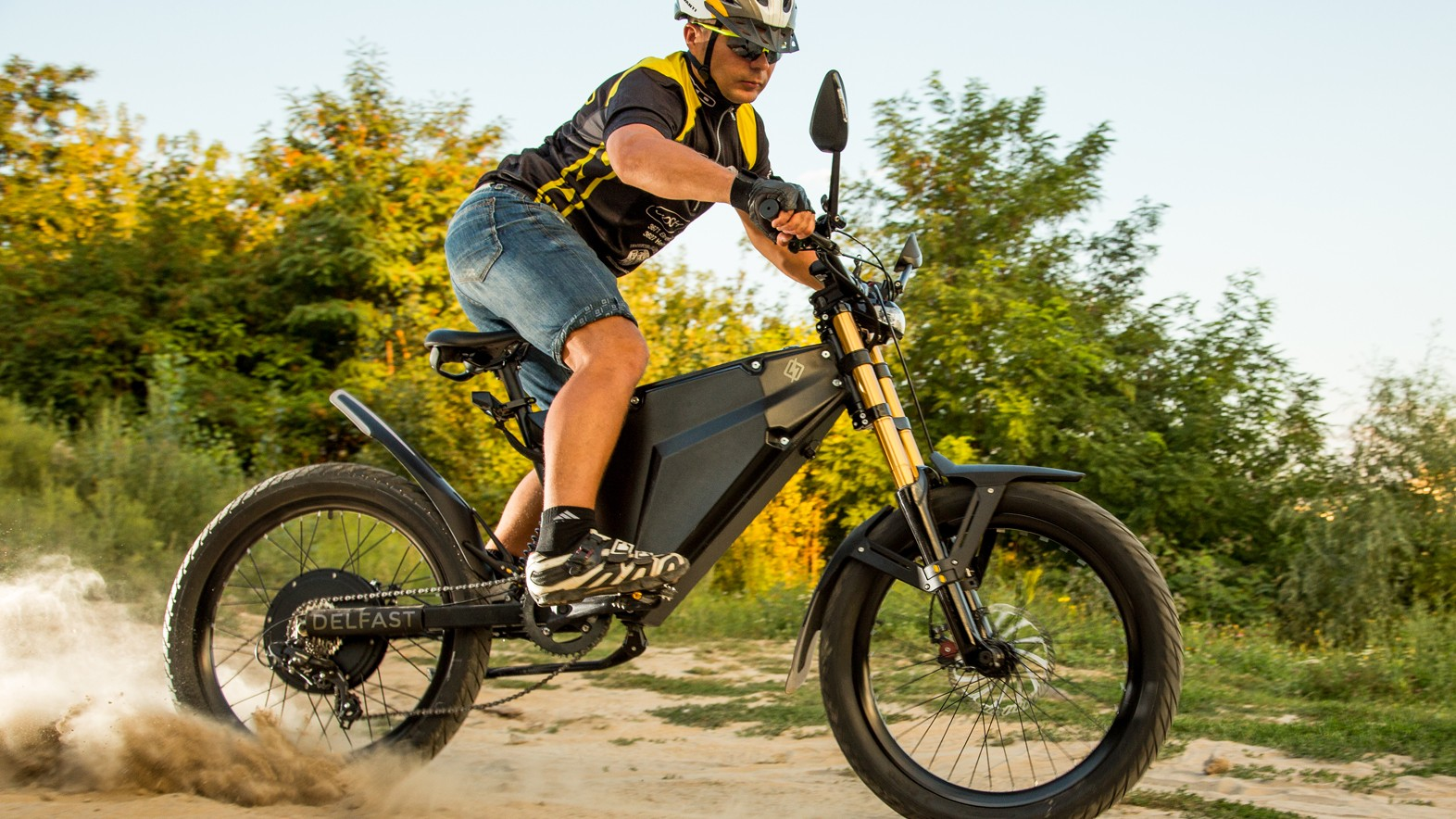 Delfast's electric bike has a claimed 380km (236m) range