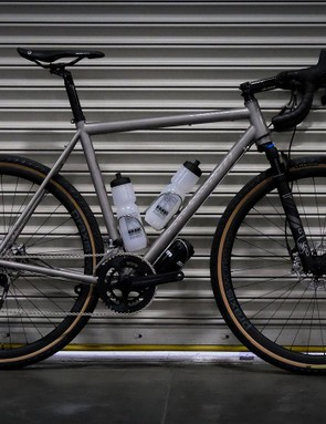Alchemy was showing off its new Kratos gravel bike with this new suspension fork (and it doesn't look that out of place)