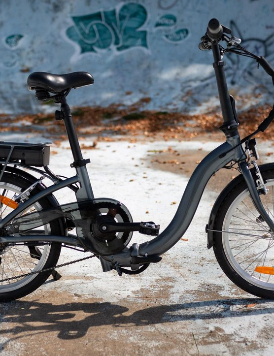 Aldi's folding e-bike in all its glory