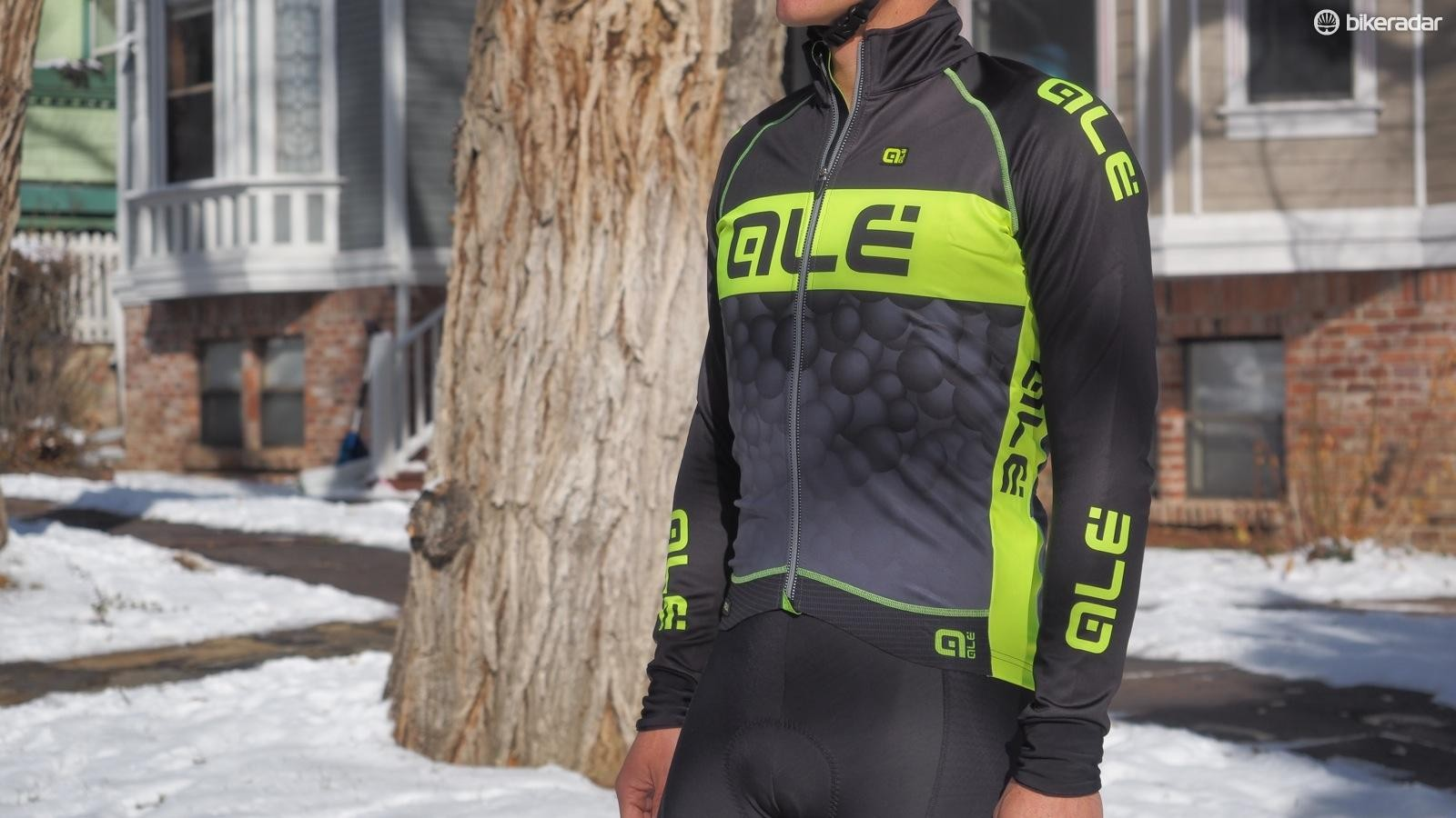 The Alé PRR Winter Jacket uses wind block on the chest and arms over an insulating, breathable thermal fleece