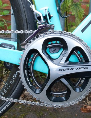 The bike runs a full mechanical Shimano Dura-Ace groupset, with Barnes also preferring Dura-Ace pedals
