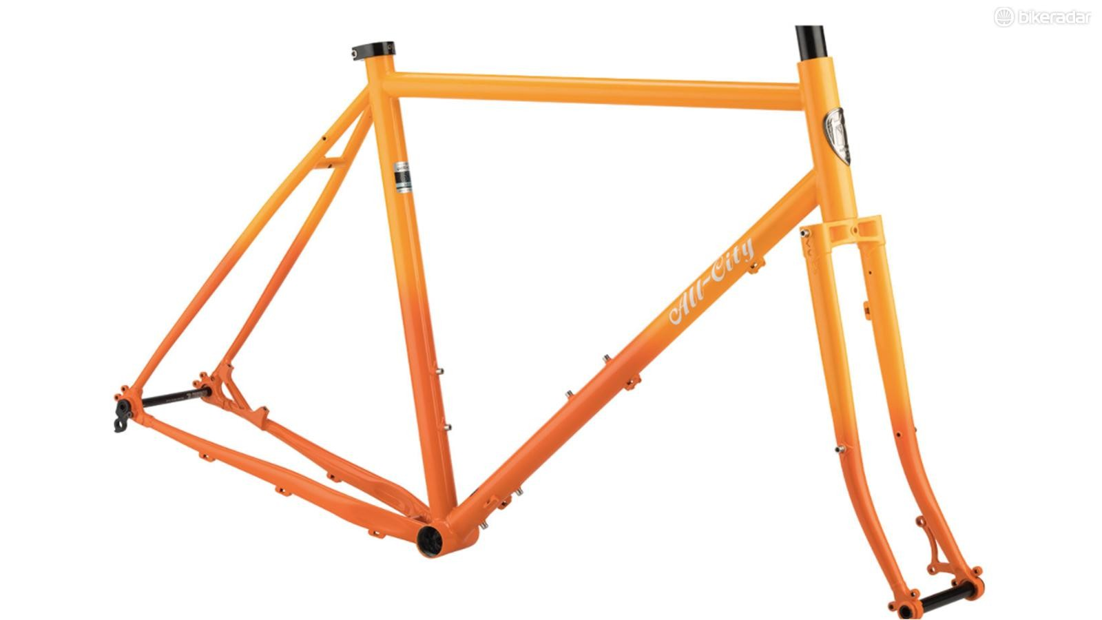 The Gorilla Monsoon can fit 650b or 700c wheels and tires