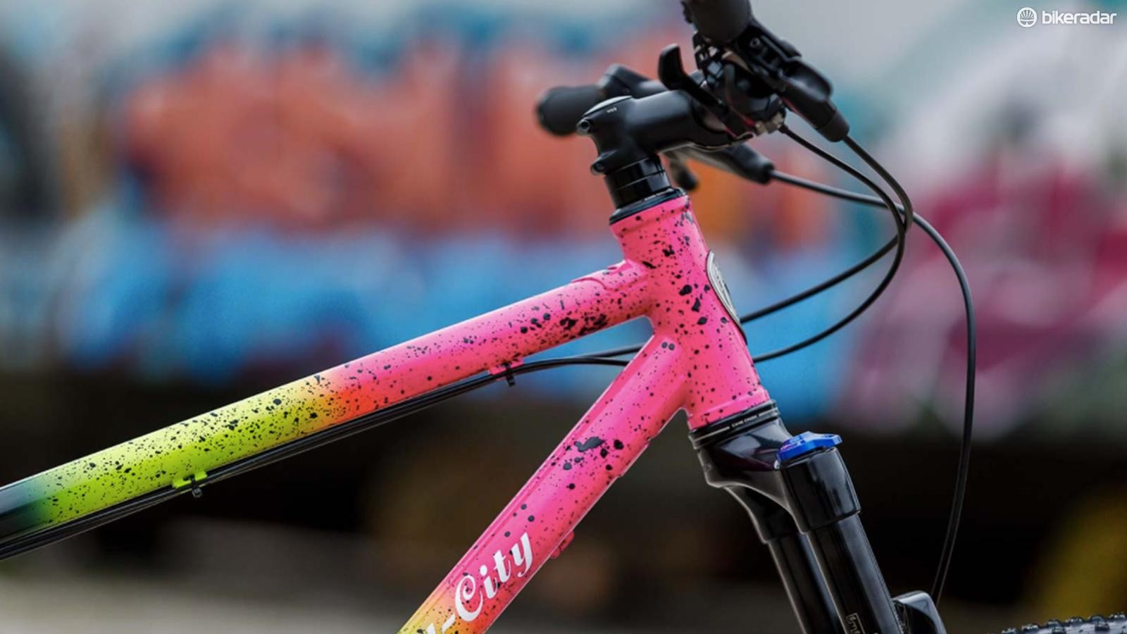 The All-City Electric Queen has modern frame features and a retro paint job