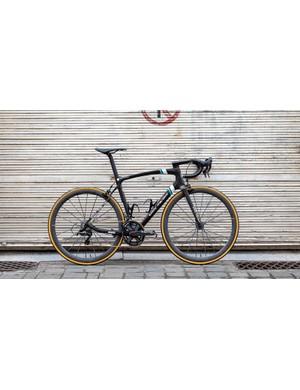 The AG2R La Mondiale team issue Merckx 525 bike