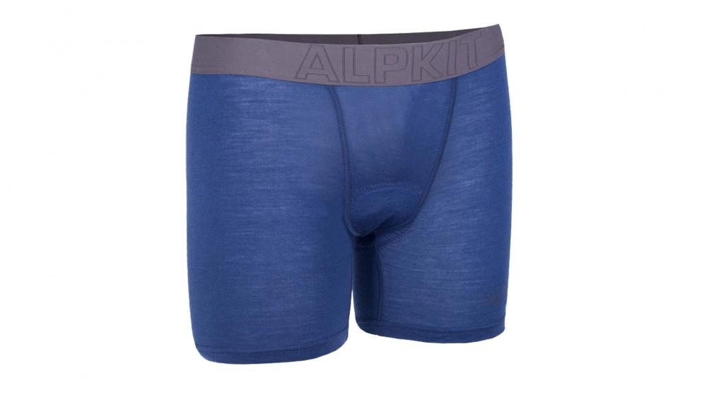 7c3ab316572 Should I wear underwear under padded cycling shorts  - BikeRadar