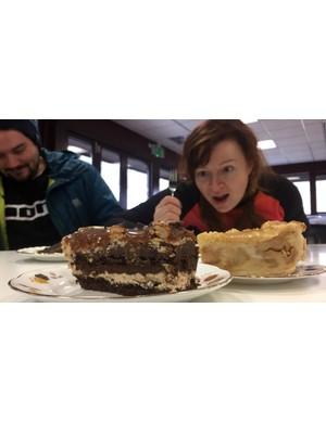 Cake tapas, it's a thing