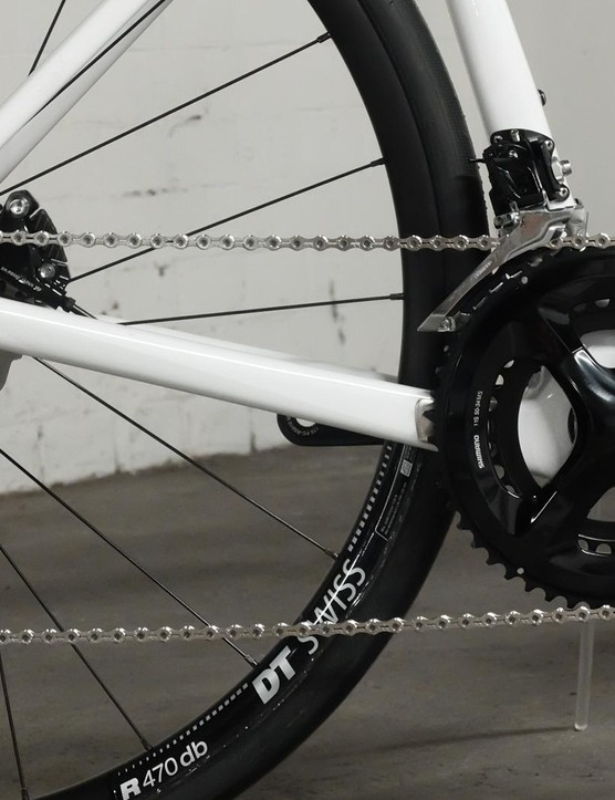 The Shimano 105 groupset is robust and reliable