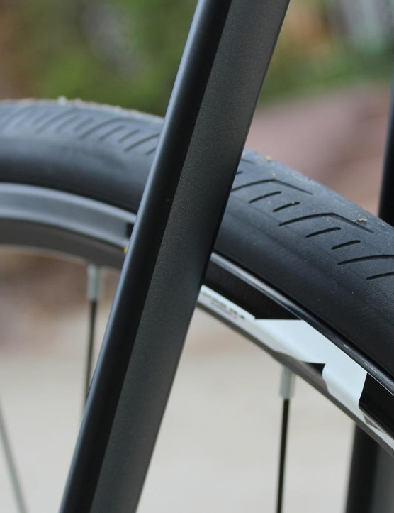 The CAAD12 Disc Ultegra comes with 25mm Mavic clinchers, but there is room for plenty more