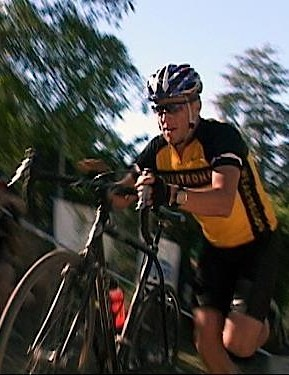 Lance Armstrong races the Scary Fast 'Cross race in December 2004.