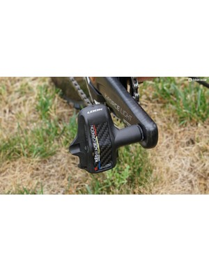 While Look also has a titanium-spindle version of the Keo Blade Carbon, many pros use the chromoly version