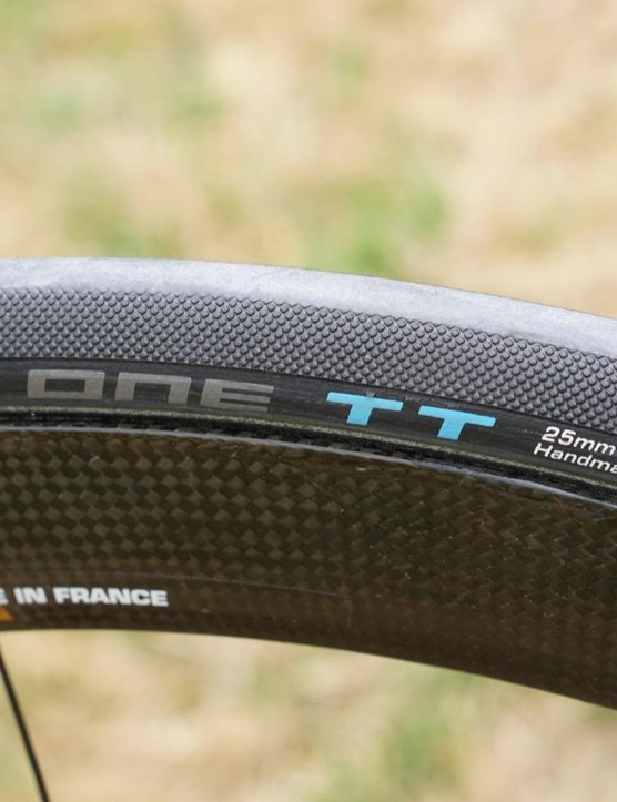 Astana is the one team in the Tour de France on Schwalbe tubulars