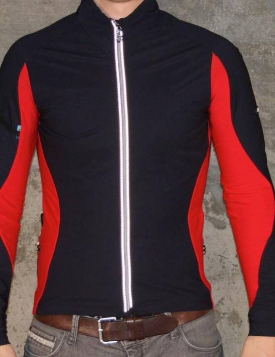 The Assos iJ.haBu5  jacket should keep you warm on early spring rides