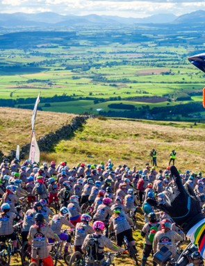 Atherton and the 2016 Red Bull Foxhunt riders, lined up and ready to race