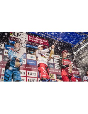 Atherton celebrating her sixth consecutive win of 2016 in Leogang