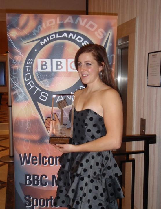 Rachel Atherton with her award