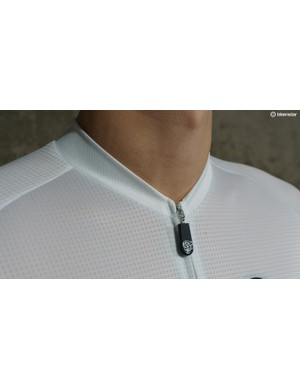 A low collar is common on high-end jerseys these days