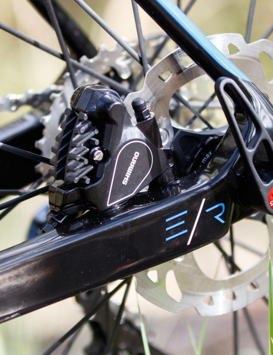12mm thru-axles are the new standard in disc-equipped road bikes. Avanti has supplied DT Swiss' quality and easy to use RWS system here