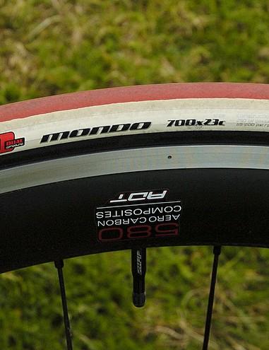 Specialized Mondo tyres
