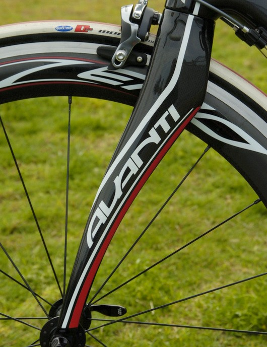 The Pinarello-like fork looks cool, but the shape probably doesn't make much difference.