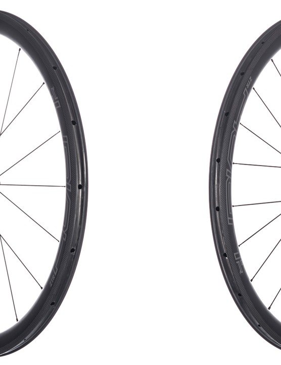 The 21.6mm internal rim width is claimed to provide superior cornering and decreased rolling resistance with wider road tires