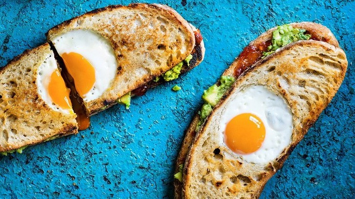 This is the kind of sandwich we'd like to tuck into for breakfast