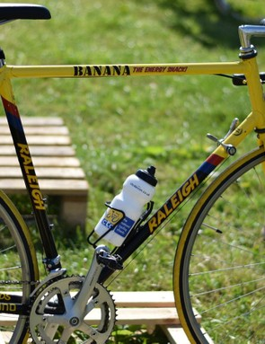 If you can't have gold have yellow and black. Unsurprisingly, there were plenty of old Raleighs at the British Eroica. And we went bananas when we saw this one...