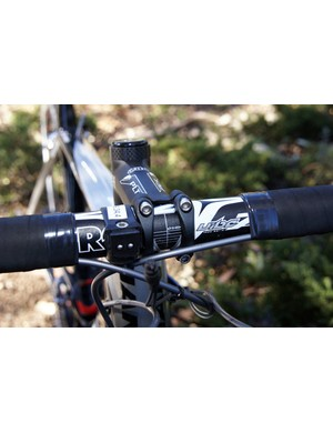 PRO provides the team with its bars & stems. Aluminum is still a very popular choice among the pros.