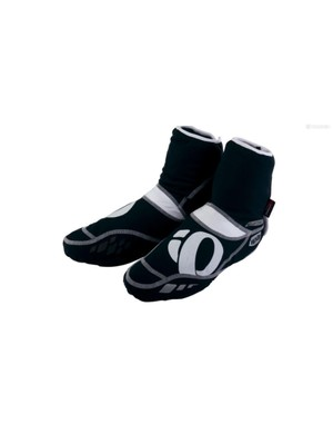 Keep your feet dry and warm with some shoe covers, like these from Pearl Izumi