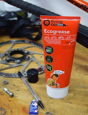 Made from natural, sustainable and biodegradable materials, Ecogrease from Green Oil is one for those who are concerned about the impact the products they use have on the environment