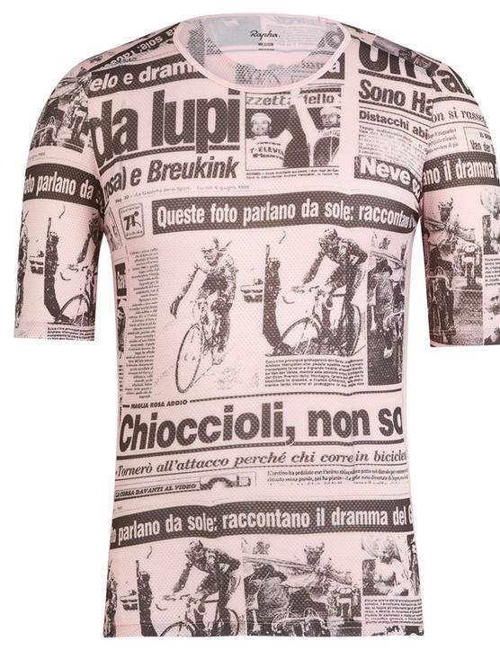 The bibs feature prints from the Italian newspaper Gazzetto dello Sport with coverage Hampsten's stage 14 win