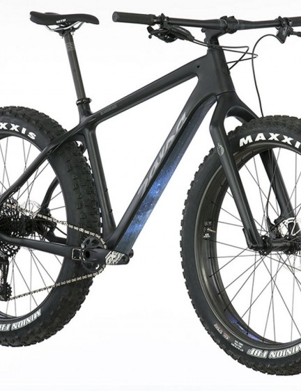 The top-end Beargrease comes with a SRAM GX Eagle 1x12 build