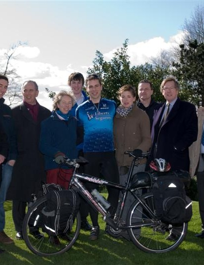 Mark Beaumont and his support team.