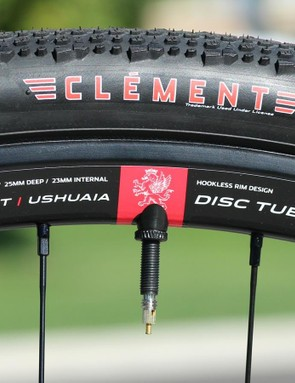 The tires all mounted tubeless with the use of a floor pump