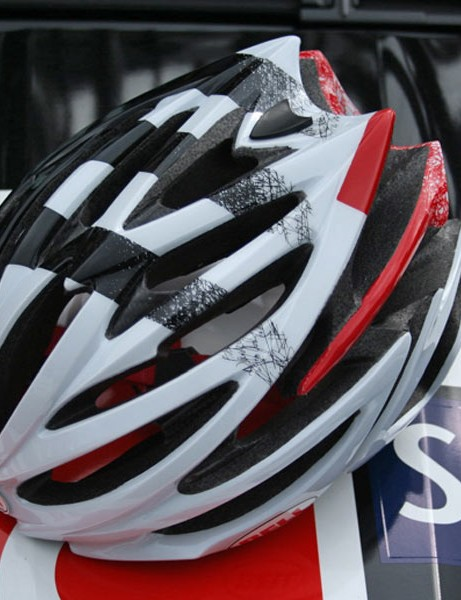 All new for this year's Tour de France is the Bell Volt helmet, worn by CSC-Saxo Bank and Crédit Agricole