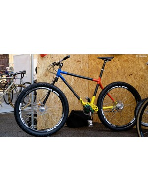 London builder Dear Susan had this single-sided Pivot equipped mountain bike on display