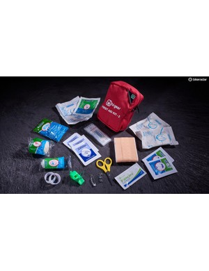 Hi Gear First Aid Kit 2 (17 items)