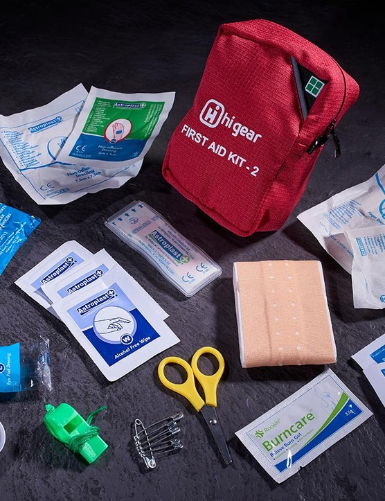 Hi Gear First Aid Kit 2 (17 items)