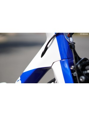 The head tube tapers from 1 1/8in to 1.5in