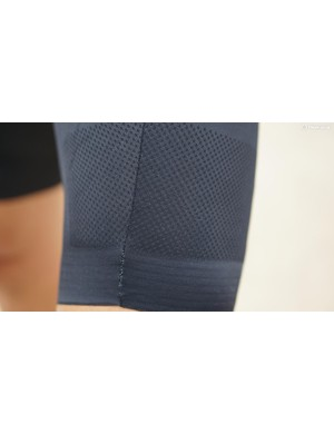 The bib shorts have a center-front seam that, on this rider at least, causes a noticeable pull in relation to the rest of the leg material