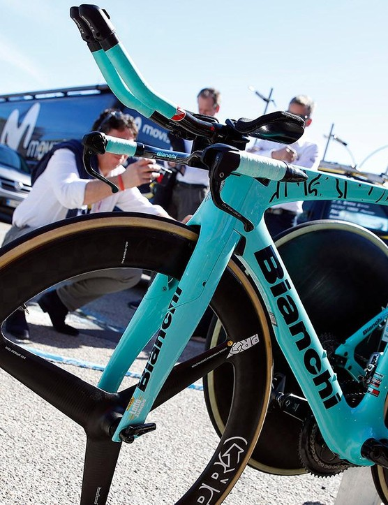 A look at the non-driveside of the Bianchi Aquila