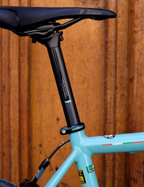 The sloping frame leaves plenty of the 27.2mm Reparto Corse carbon seatpost exposed, bolstering comfort