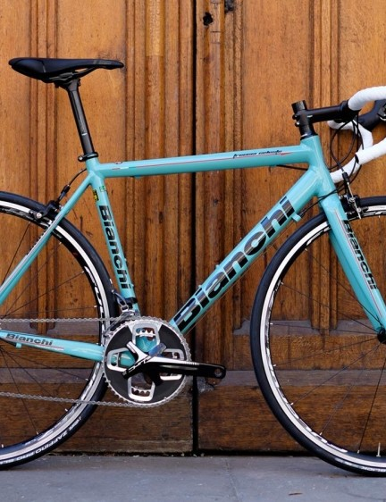 The Freccia Celeste is another handsome addition – and a 90s-looking one – to Bianchi's stable