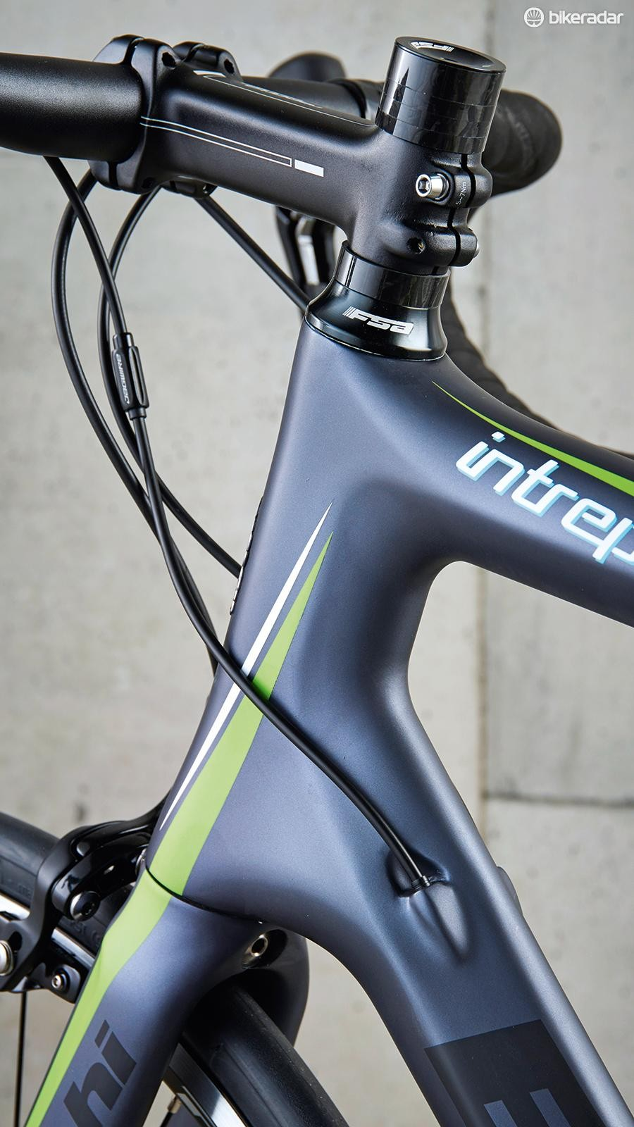 It's smooth lines and full internal cable routing for Bianchi's new Intrepida
