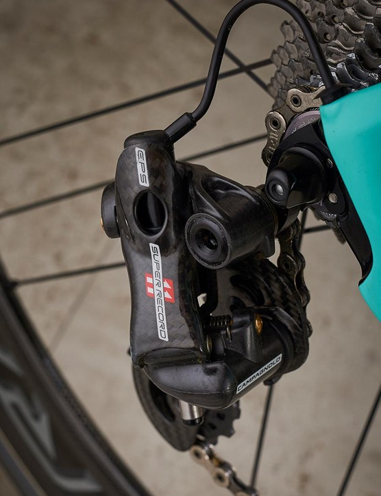Italian shifting from Campagnolo matches the Bianchi's Italian heritage