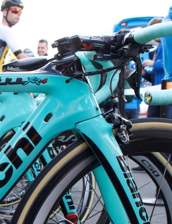 The not-yet-released Oltre XR4 has a curvy integration of its tall head tube
