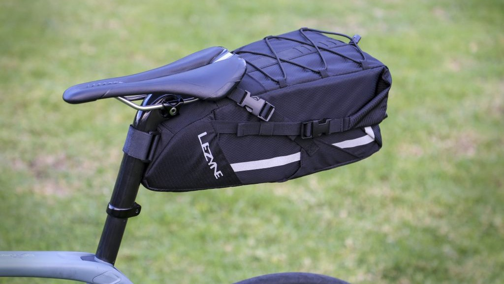 The XL Caddy saddle bag has a 7.5L capacity
