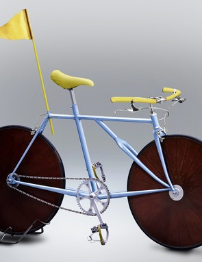 Disc wheels? Check. Super-high track gearing? Check. Jaunty yellow flag? Check.