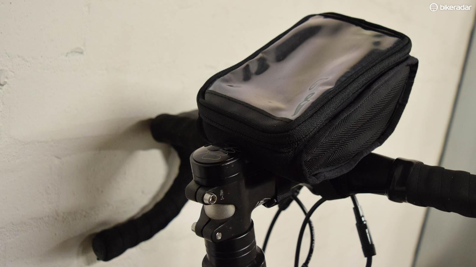 Birzman's Zyklop Navigator II fits an iPhone 6 and lots more
